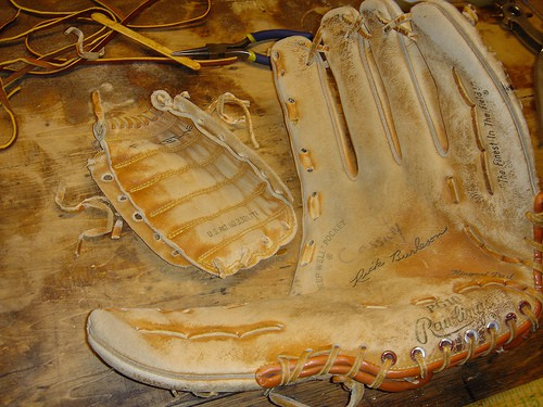 Lacing baseball gloves